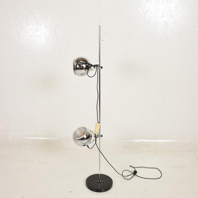 1970s Mid Century Modern Chrome Floor Lamp by Robert Sonneman For Sale - Image 5 of 10