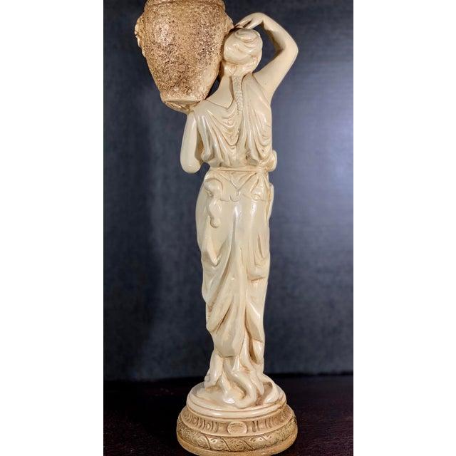 Mid-Century Vintage Tall Venus W/Amphora Cachepot Statue For Sale In Nashville - Image 6 of 11