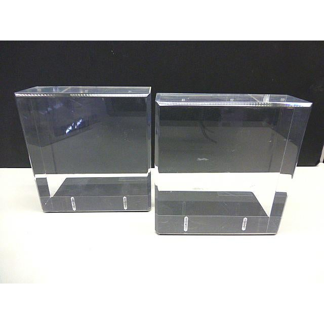 1970s Mid Century Modern Lindahl Designs Winnetka Il Lucite Clear Square Bookends - a Pair For Sale - Image 5 of 5