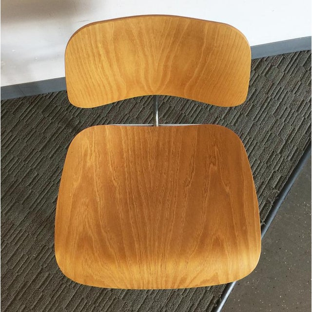 Eames Molded Plywood Dining Chair - Image 3 of 7