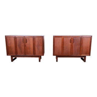 Lawrence Peabody Mid-Century Modern Walnut Cabinets or Large Bedside Chests, 1960s For Sale