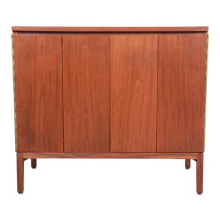 Paul McCobb for Calvin Irwin Collection Mahogany Sideboard Credenza or Bar Cabinet, Newly Restored For Sale