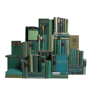 Midcentury Boxwood Book Wall : Set of One Hundred Decorative Books in Shades of Green For Sale