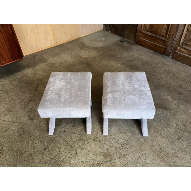 """Mid-Century Modern """"X"""" Base Billy Baldwin Style Benches - a Pair For Sale In Los Angeles - Image 6 of 10"""