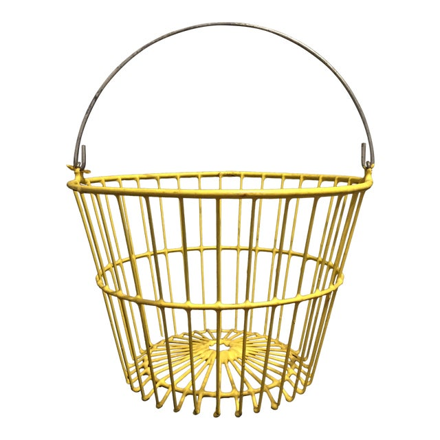 Vintage Industrial Farm Yellow Wire Egg Basket For Sale