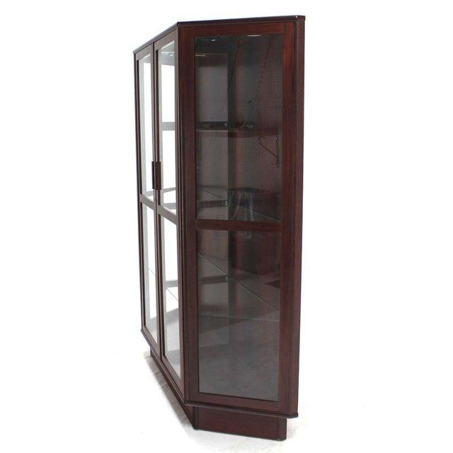 Danish Modern Trapezoid Shape Danish Modern Rosewood China Curio Cabinet For Sale - Image 3 of 5