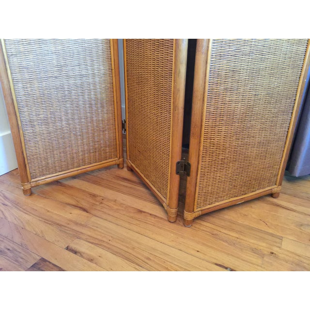 1970s Vintage Rattan Bamboo 3 Panel Folding Screen Room Divider For Sale - Image 5 of 10