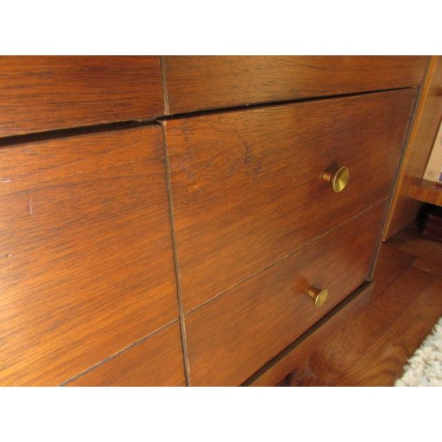 1950s Bassett Mid-Century Modern Dresser - Image 8 of 11