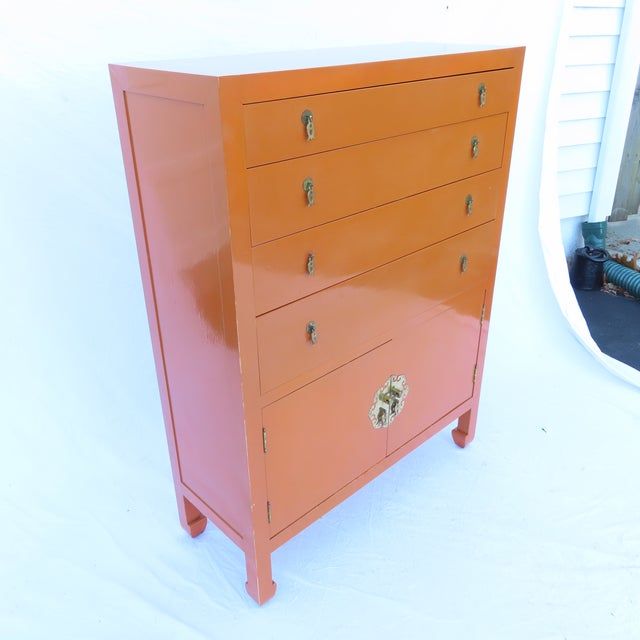 Vtg 1970s Chinese Lacquered Burnt Orange Tall Chest Dresser Cabinet Hong Kong For Sale - Image 4 of 13