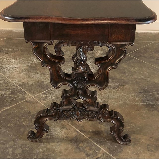 Brown 19th Century French Napoleon III Rosewood Writing Desk For Sale - Image 8 of 13