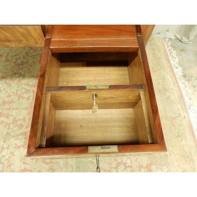 Brown Elegant Louis XVI 19th Century Walnut Desk For Sale - Image 8 of 11