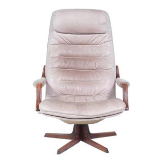 Berg Furniture Mid Century Grey Glove Leather Swivel Chair For Sale