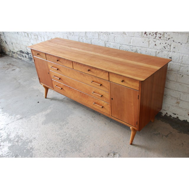 Contemporary Renzo Rutili for Johnson Furniture Co. Mid-Century Modern Sideboard Credenza For Sale - Image 3 of 13