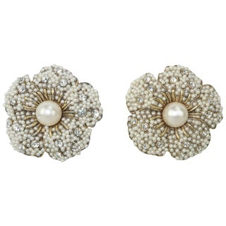 1980's Pearl & Rhinestone Flower Clip on Earrings For Sale