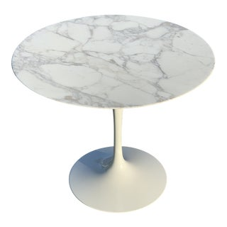 Mid-Century Modern Eero Saarinen Marble Oval Dining Table for Knoll For Sale