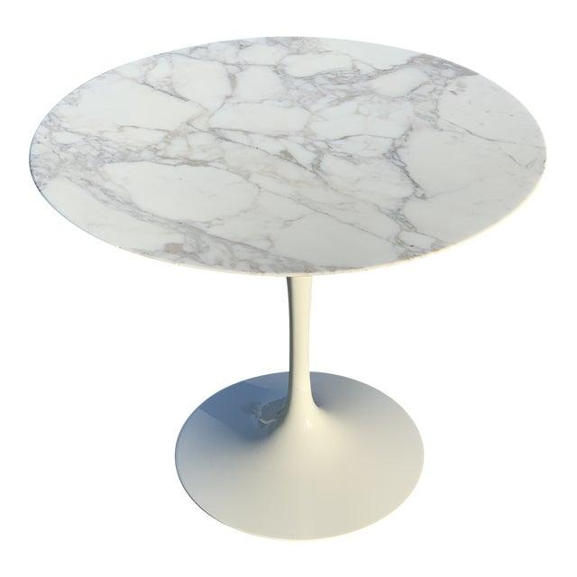 Mid-Century Modern Eero Saarinen Marble Oval Dining Table for Knoll For Sale