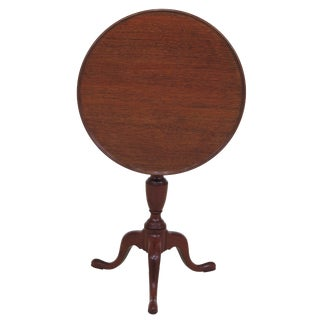 1960s Traditional Kittinger Colonial Williamsburg Round Mahogany Tilt Top Table For Sale