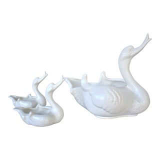 Vintage Hull Duck Cache Pots - Set of 3 For Sale