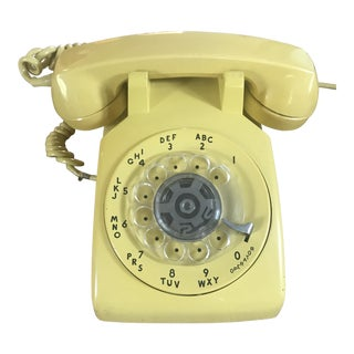 Western Electric 500 Mid-Century Yellow Rotary Phone