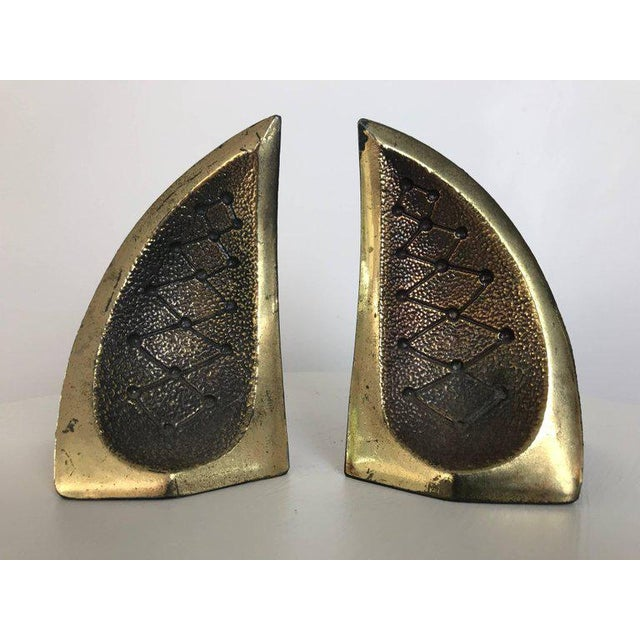 Ben Seibel Modernist Brass Sculptural Bookends by Ben Seibel for Jenfredware, Raymor, Pair For Sale - Image 4 of 12