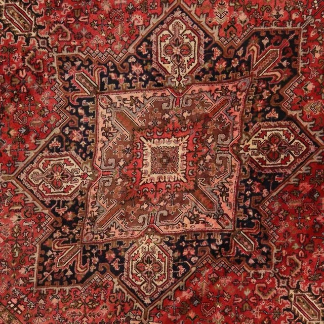 Vintage Persian Heriz Rug with Mid-Century Modern Style For Sale - Image 4 of 8