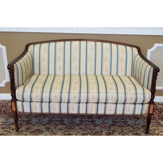 Description: Very clean and fantastic Hickory Chair Company Sheraton style mahogany loveseat from the James River...