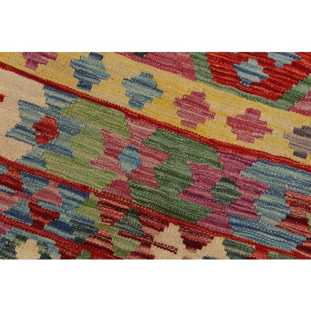 Bohemian Tressa Pink/Blue Hand-Woven Kilim Wool Rug - 6'10 X 9'9 For Sale In New York - Image 6 of 8