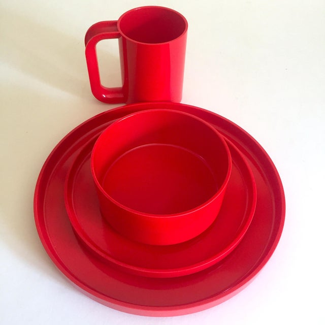 This forty piece set of vintage 1970's Heller Vignelli red melamine iconic stacking Modernist dinnerware is an incredibly...