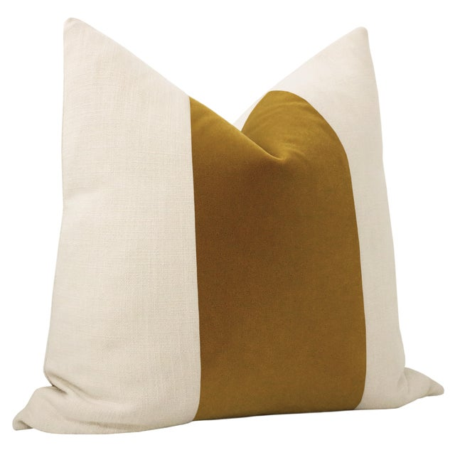 "Contemporary 22"" Tobacco Mohair Velvet Panel & Linen Pillows - a Pair For Sale - Image 3 of 6"