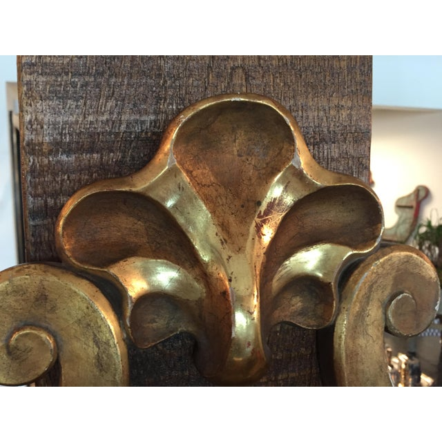 Wood Italian Gilt Sconce, C.1950 - a Pair For Sale - Image 7 of 11