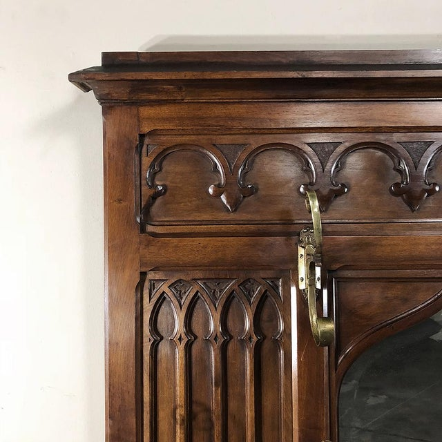 19th Century French Walnut Gothic Hall Tree For Sale In Baton Rouge - Image 6 of 12