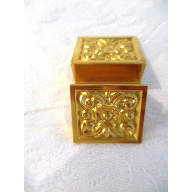Art Deco Vintage Gold Floral Knife & Place Card Holders - Set of 12 For Sale - Image 3 of 6