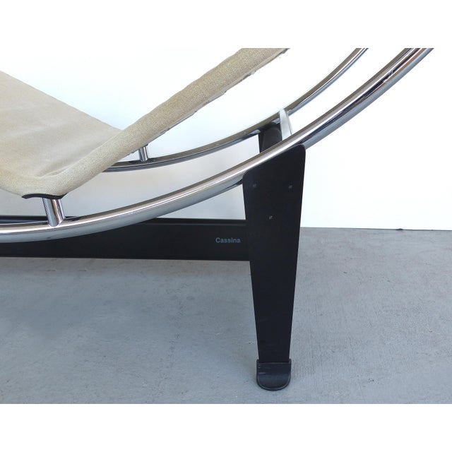Tan Cassina Lc4 Chaise Lounge by Le Corbusier, Jeanneret & Charlotte Perriand For Sale - Image 8 of 10