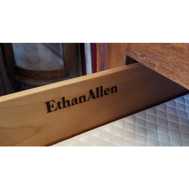 Ethan Allen French Country Bedroom Triple Dresser Amp Tri