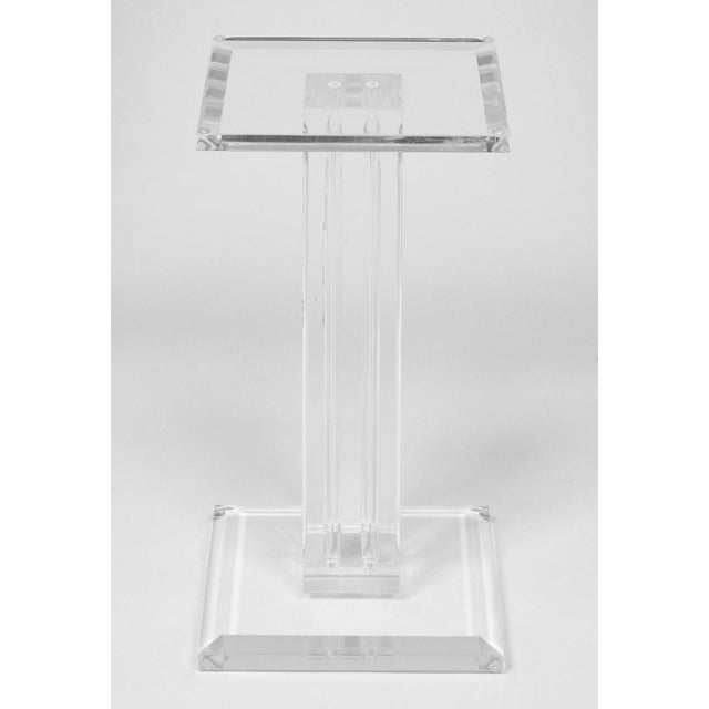 French Mid-Century Lucite Pedestal For Sale - Image 5 of 9