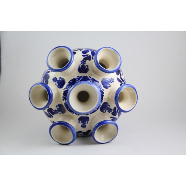 Traditional Delft Hand-Painted Blue White Porcelain Tulip Vase For Sale - Image 3 of 5