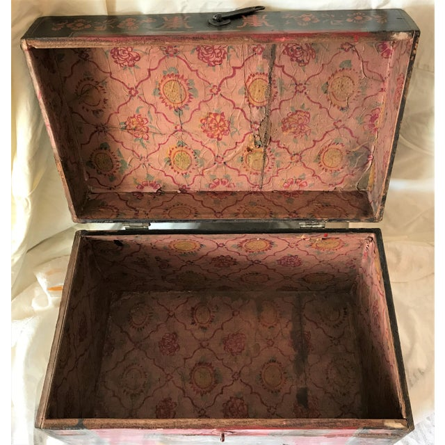 Qing Dynasty Hand Painted Chinese Chest - Image 6 of 6