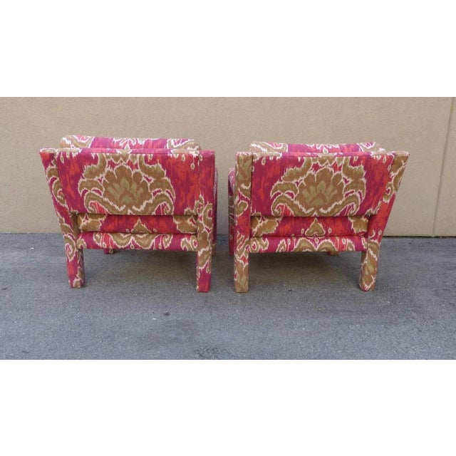 Pair of 1970's Parsons Chairs Covered in Ikat Fabric For Sale In Miami - Image 6 of 7