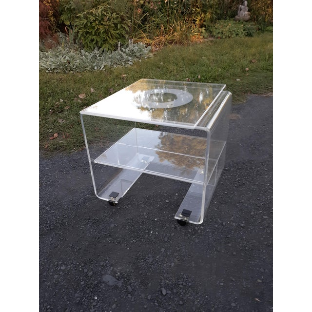 Lion in Frost 1970's Vintage Lucite Bar Cart For Sale - Image 4 of 11