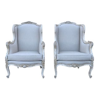 1920s French Louis XV-Style Painted and Carved Bergeres Chairs-a Pair For Sale
