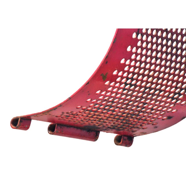 Red Metal Brackets - A Pair - Image 4 of 4