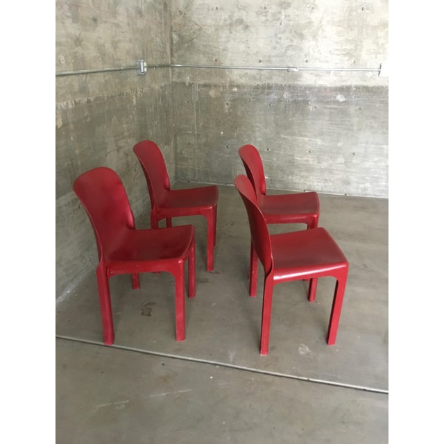 Vico Magistretti 1980s Vintage Vico Magistretti Stacking Chairs- Set of 4 For Sale - Image 4 of 8