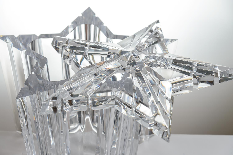 Mid Century Modern Lucite/Acrylic Star Shape Ice Bucket   Image 3 Of 11