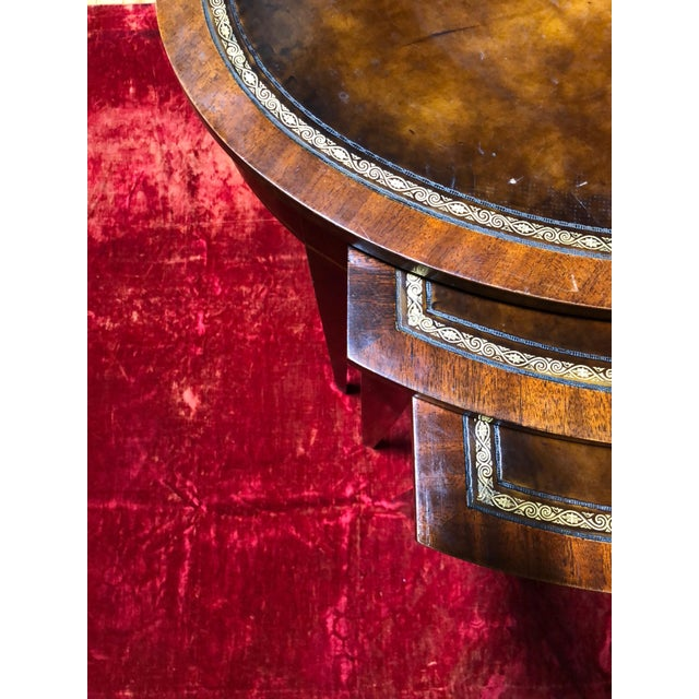 1950 Mid-Century Modern Weiman Furniture Company Leather Top Mahogany Nesting Tables - Set of 3 For Sale In Los Angeles - Image 6 of 8