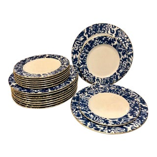 Ralph Lauren Round Hill Dinner and Salad Plates - 18 Pieces For Sale