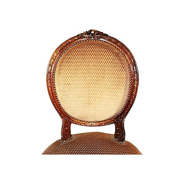 French Country French Louis XVI-Style Settee & Chairs - Set of 3 For Sale - Image 3 of 7