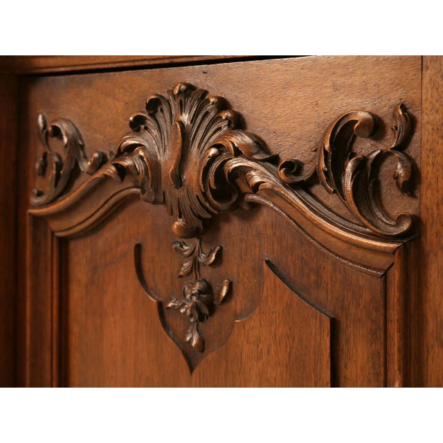 Ch. Jeanselme & C° Paris Figured Marble Top Walnut Buffet For Sale In Chicago - Image 6 of 10