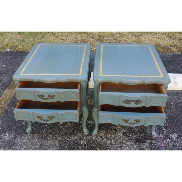 Vintage French Provincial Nightstands - A Pair - Image 5 of 10