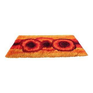 1970s Mid-Century Modern Red Orange Rya Shag Area Rug - 4′6″ × 6′8″ For Sale