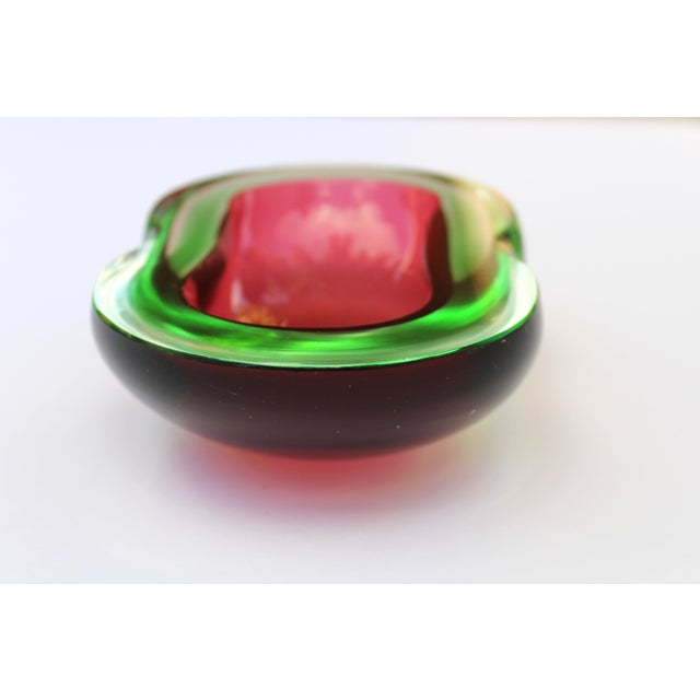 Murano Glass Red and Green Sommerso Ashtray & Bowl, 1960's For Sale In Miami - Image 6 of 13